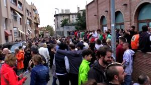 La defensa que el poble va fer de la Patronal ha esdevingut imatge simbòlica de l'1-O a SQV (Foto Josep Busqueta)